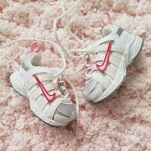 Baby Girl Nike Sneakers 2.5